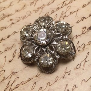 Vintage Sparkle Flower Pin